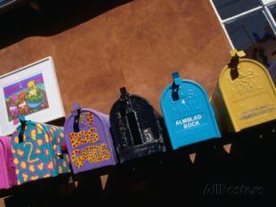 john-hay-colourful-letter-boxes-canyon-road-santa-fe-new-mexico-usa