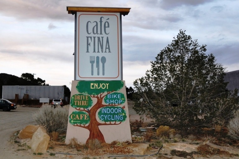 Sign--photo-Steve-Collins_54_990x660